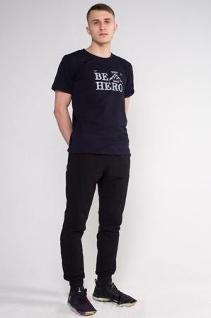 22b94c9f88b Купить мужскую одежду оптом от производителя по низким ценам